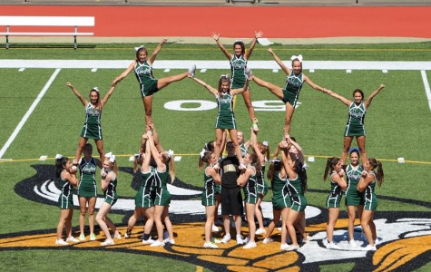 Fall Sports pep rally prepares students for Yorktown Game
