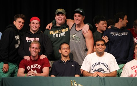 Senior Athletes Attend College Commitment Ceremony